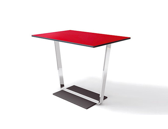 Coffice | Table high by Bene | Seminar tables