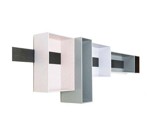 Schieberegal by Lutz Hüning | Wall shelves