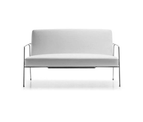 Valeri Sofa by Sellex | Lounge sofas