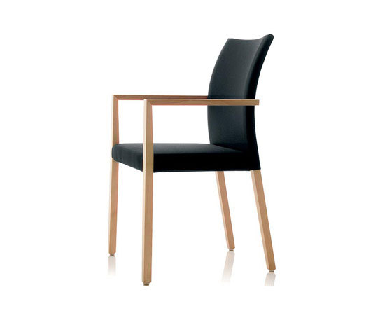 S15 chair with armrests by Wiesner-Hager | Visitors chairs / Side chairs