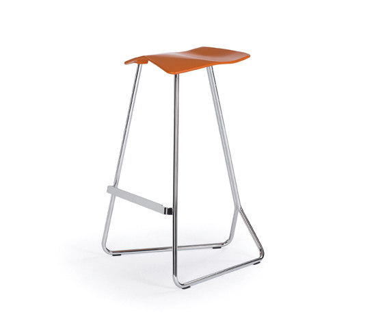 Triton by ClassiCon | Bar stools