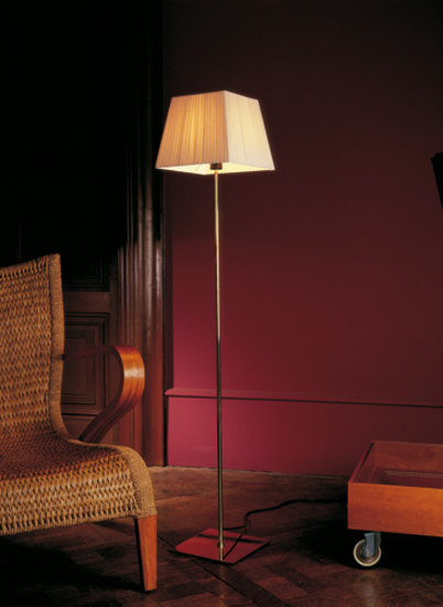 Cotton R floor lamp by Marset | General lighting