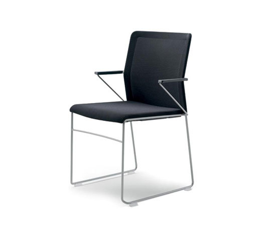outline chair with armrests by Wiesner-Hager | Visitors chairs / Side chairs