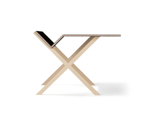 Kant by Moormann | Desks