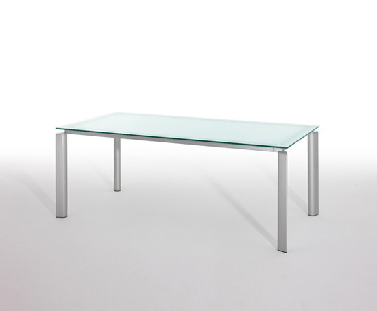 Yes by ENEA | Conference tables