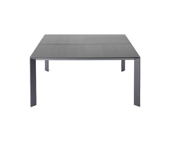 Mac square table by Desalto | Meeting room tables