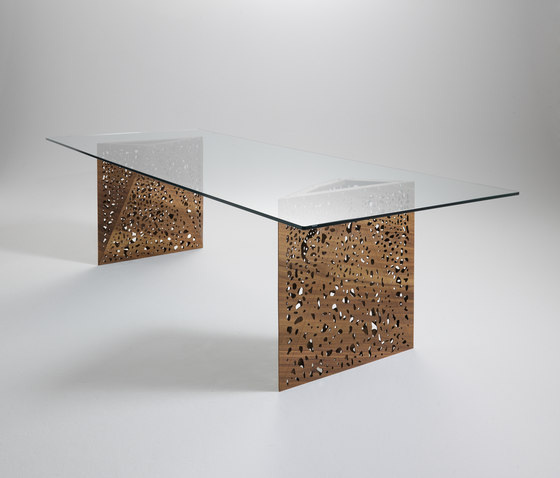 Riddled Table by CASAMANIA-HORM.IT | Dining tables