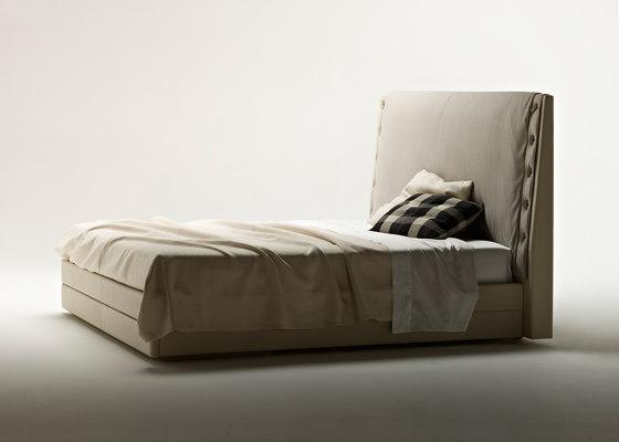 Alta Fedeltà by Poltrona Frau | Double beds