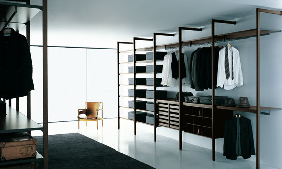 Storage Walk-in Closet by PORRO | Walk-in wardrobes