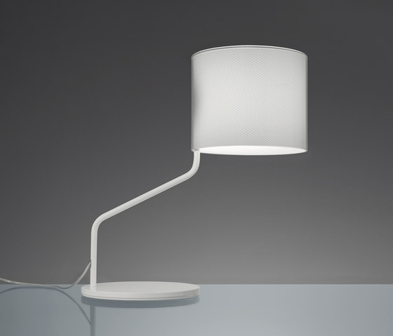 Monroe table lamp by Artemide | General lighting