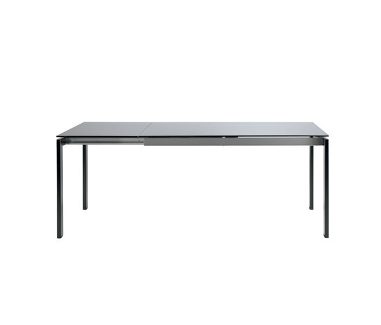 Paso Doble by WIENER GTV DESIGN | Dining tables