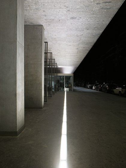 Raso IP67 Outdoor by FontanaArte | Outdoor recessed floor lights