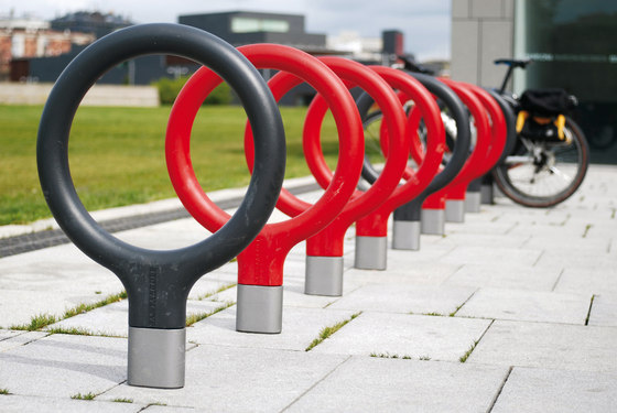 Key by Santa & Cole | Bicycle stands