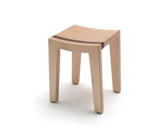 Low stool de Context Furniture | Taburetes