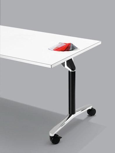 Twister von WINI Büromöbel | Seminar Einzeltische