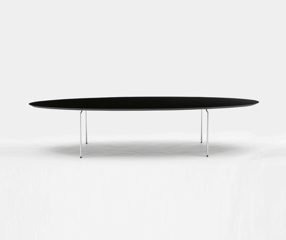Trippo T4 24063 by Karl Andersson | Dining tables