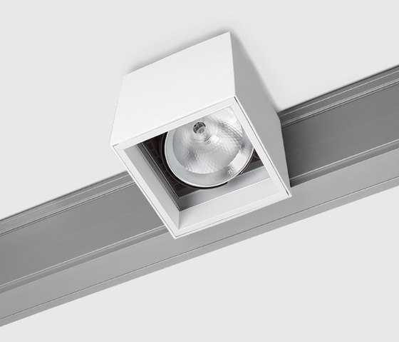 Prologe 145 on-Regule by Kreon | Track lighting