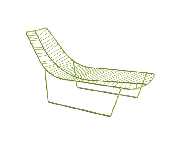 Leaf | 1804 by Arper | Sun loungers