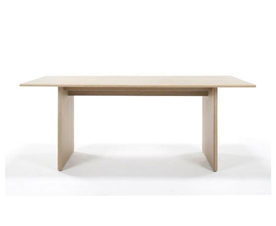 Omo dining table by TEORI | Dining tables