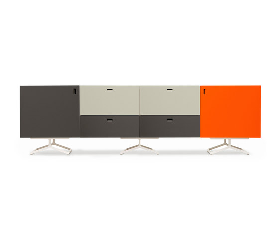 Satellite cabinets on K-base von Quodes | Sideboards / Kommoden