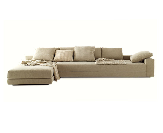 You and Me by Redaelli | Sofas