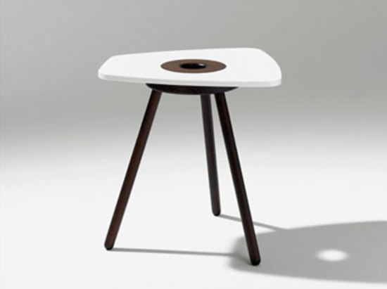 Muscat Occasional Table de Röthlisberger Kollektion | Mesas auxiliares