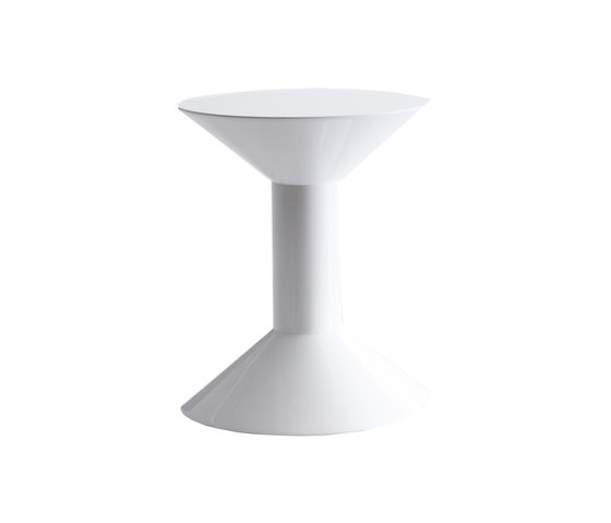 Shape by viccarbe | Side tables