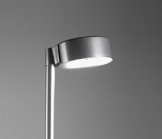 Puck pole fixture by ZERO | Path lights