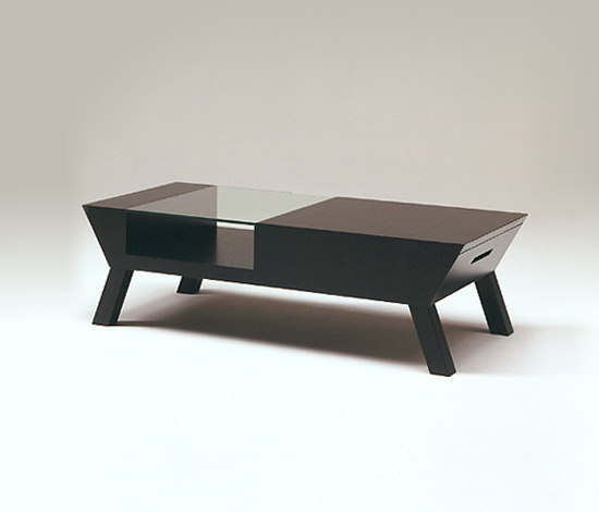 Akimbo coffee table by Conde House | Coffee tables