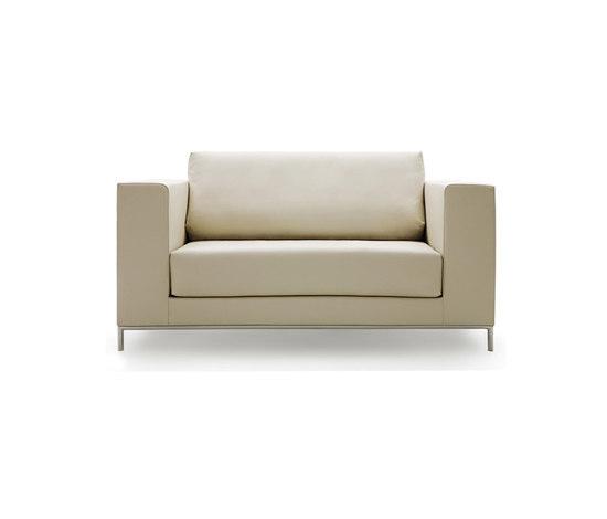 Linna armchair von Decameron Design | Sessel