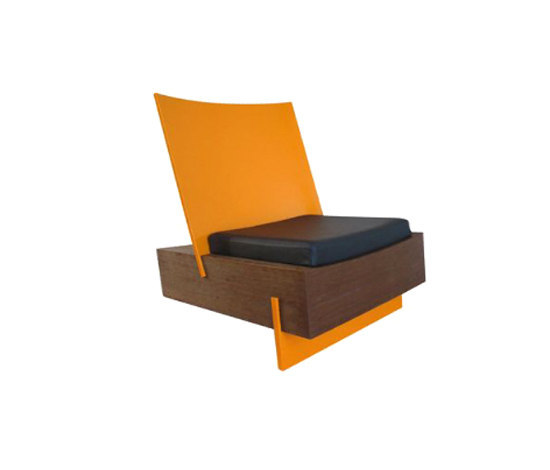 Base lounge chair by Schuster | Armchairs