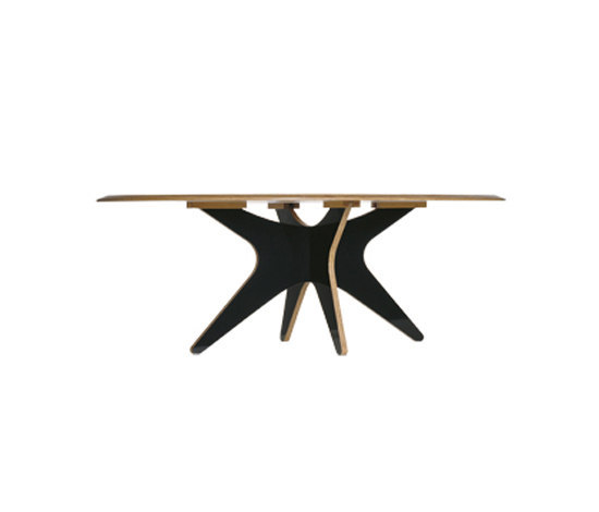 Eclipse by Barauna | Dining tables