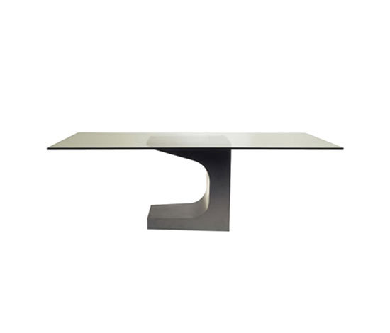 Table Niemeyer by Teperman | Dining tables