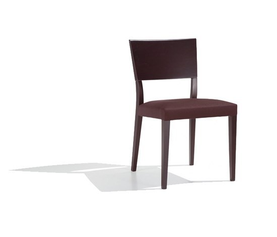 Britt SI 1050 de Andreu World | Chaises de restaurant