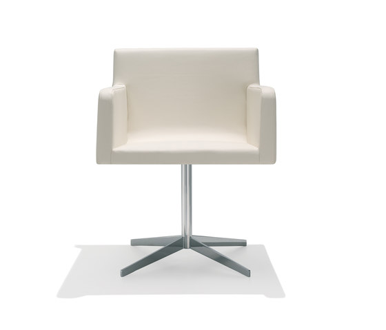 Lineal Comfort SO 0573 by Andreu World | Restaurant chairs