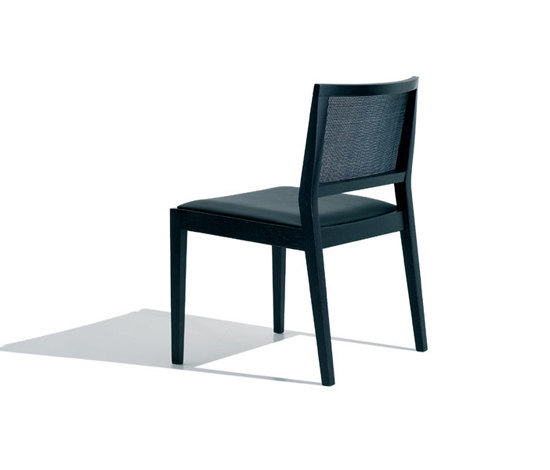 Manila SI 2132 by Andreu World | Restaurant chairs