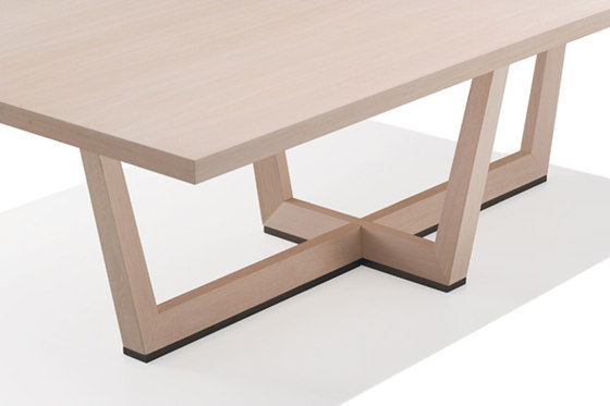 Uves ME 3664 by Andreu World | Conference tables