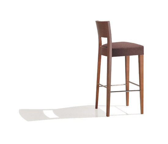 Opera BQ 0366 by Andreu World | Bar stools