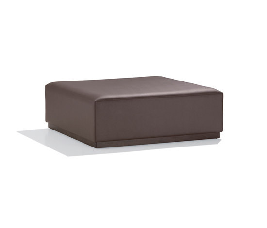 Zen RS 0342 by Andreu World | Poufs