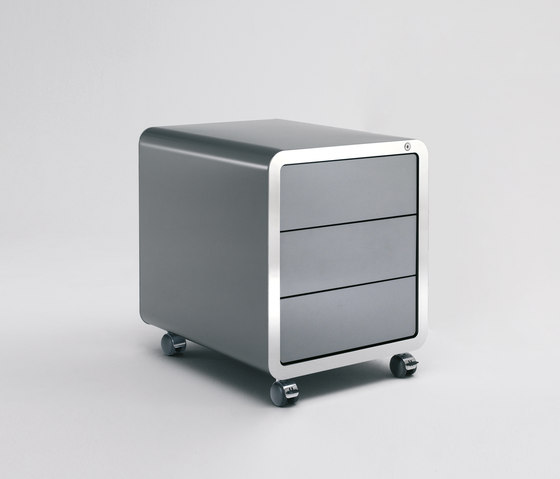 Highline R20 Roll container by Müller Möbelfabrikation | Pedestals