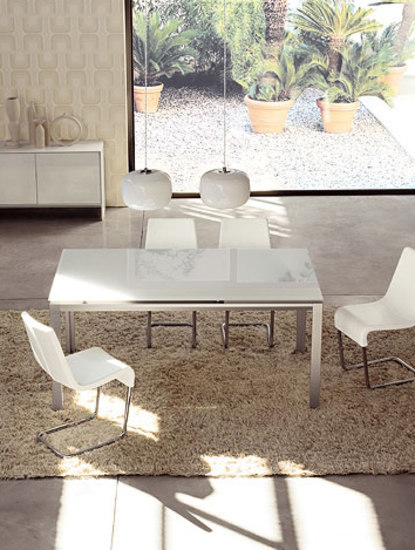 Chat by Bonaldo | Dining tables