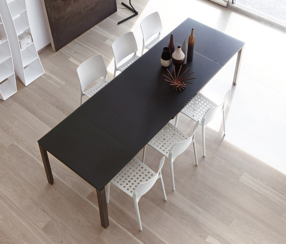 Chat Double by Bonaldo | Dining tables