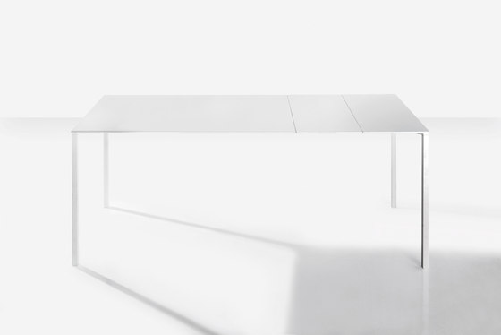 Fli by Bonaldo | Dining tables