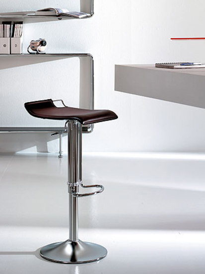Hoppy by Bonaldo | Bar stools