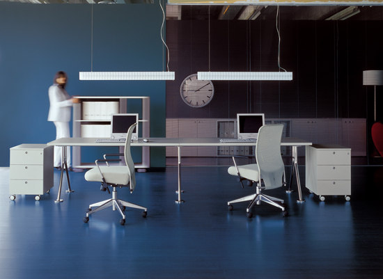 Leg Collection by Fantoni | Desking systems
