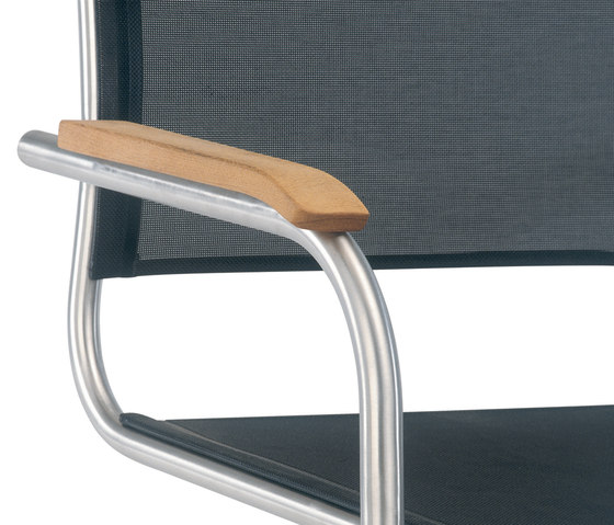 Swing cantilever chair by Fischer Möbel | Garden chairs