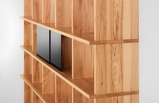 IQ shelving system by Holzmanufaktur | Shelves