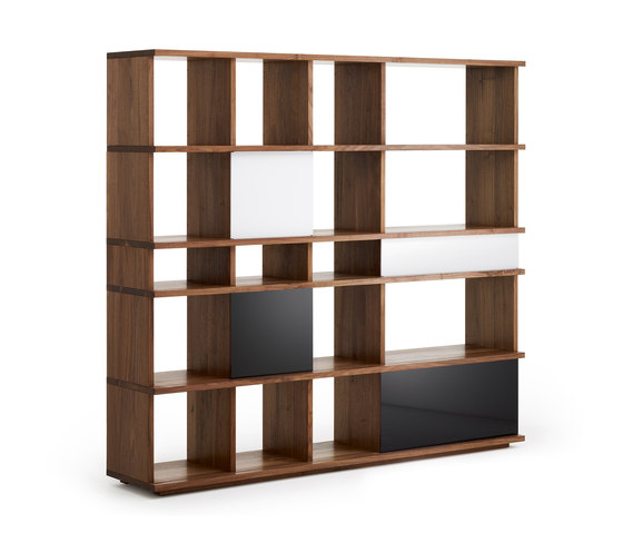 IQ shelving system by Holzmanufaktur | Shelves