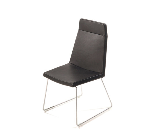 Boo dining chair by Label | Restaurant chairs