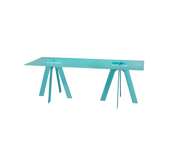 Plus Table by GAEAforms | Dining tables